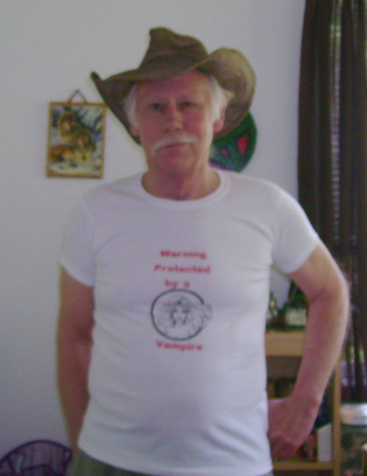 Pete in T-shirt