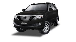 Toyota Fortuner Diesel tahun 2013 Disewakan call 021 7099 5161