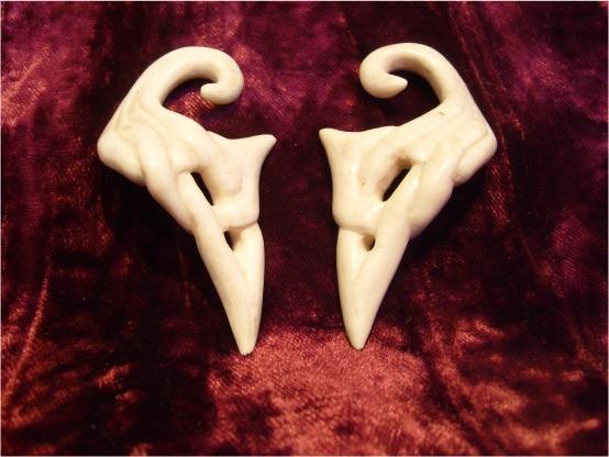 earings in elk antler