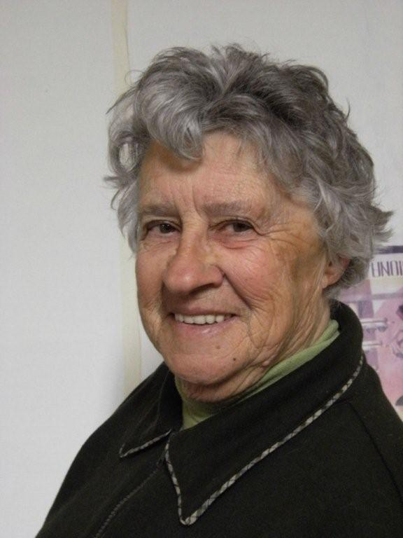 Fay Teal as Aunt Rosemary