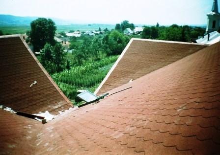 Reparat dolie acoperis,imagini amenajari exterioare montaj sindrila bituminoasa