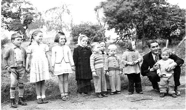 Children at Capitol Hill Camp c1950