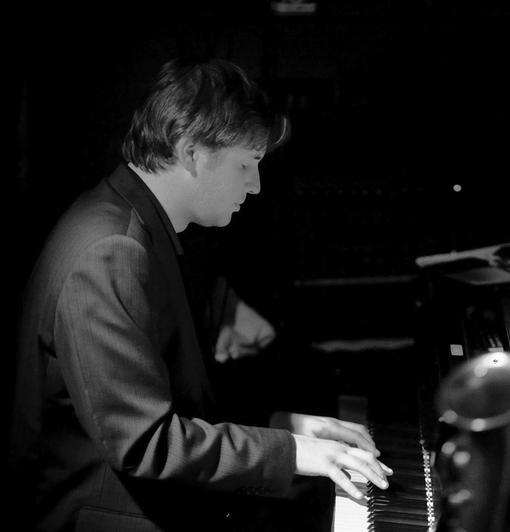 Daniel Gassin - Piano/Keyboards - Jazz/Pop/Soul