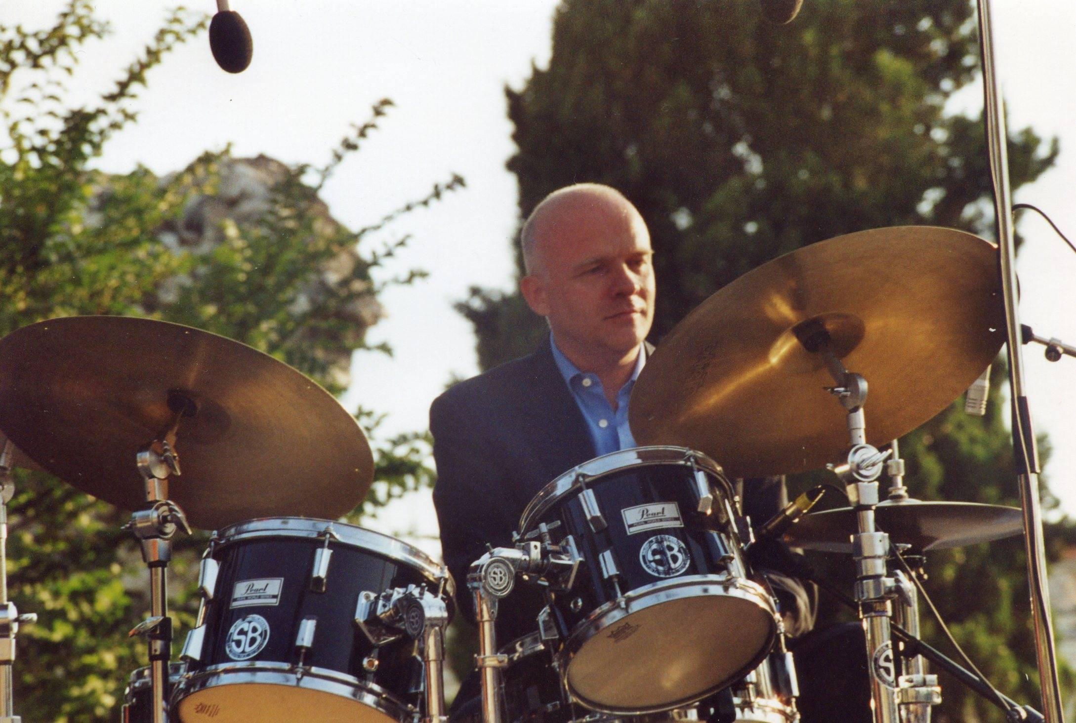 Eric Dervieux - Drums