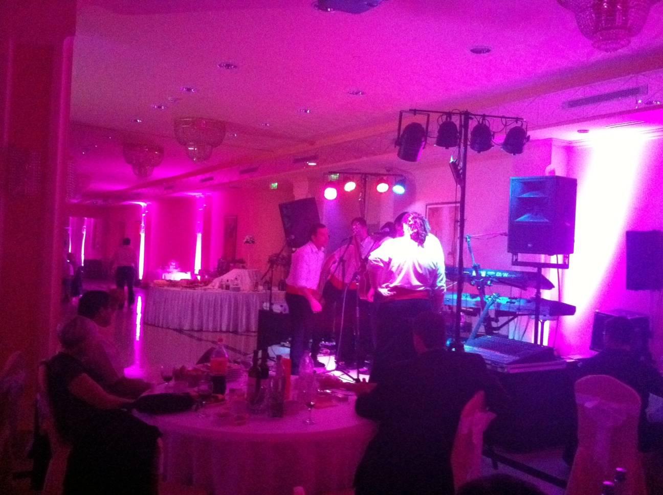 Nastup iza ponoci na svadbi u Belom Manastiru