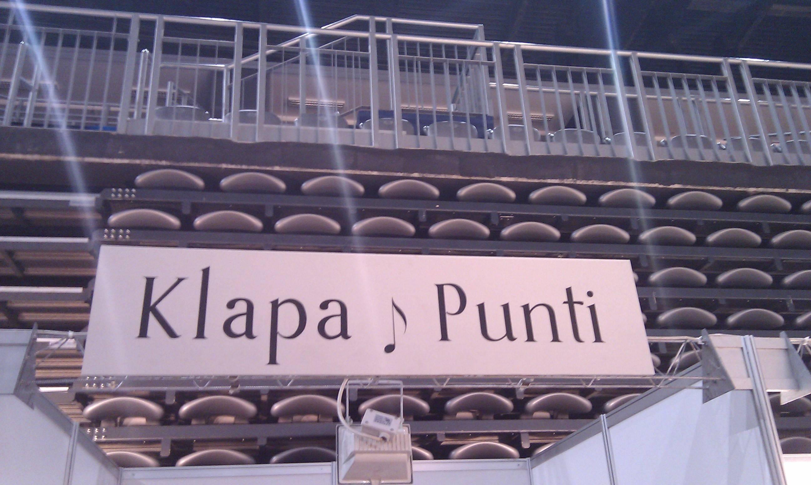 Postavljanje standa Klape Punti- Sajam vjencanja Arena Zg 2013.