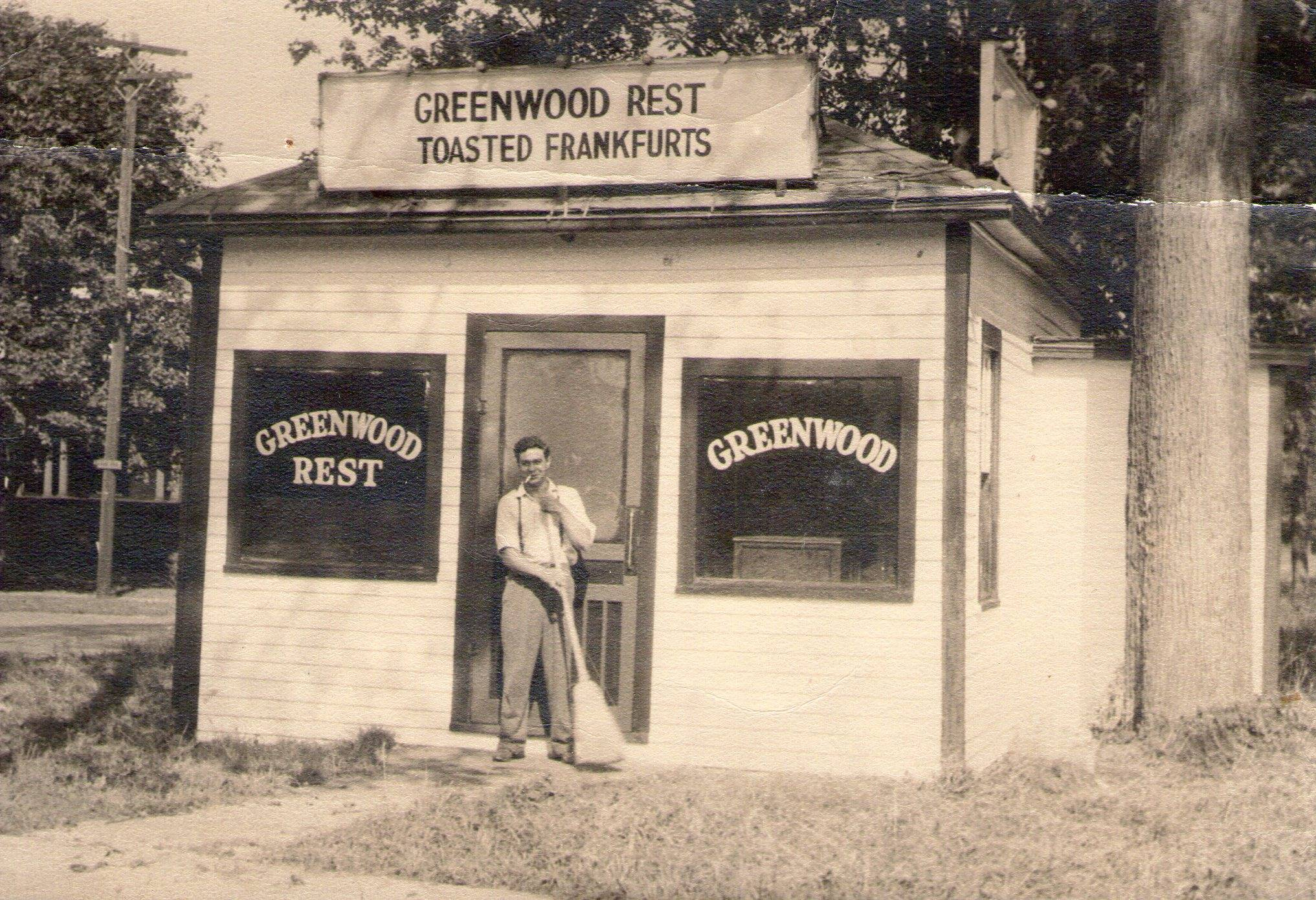Greenwood Ave Rest, Bethel CT