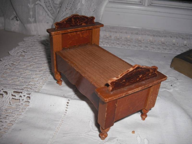 Small German bed.