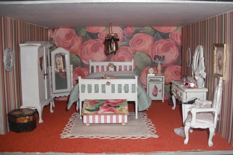 Higgs House bedroom.
