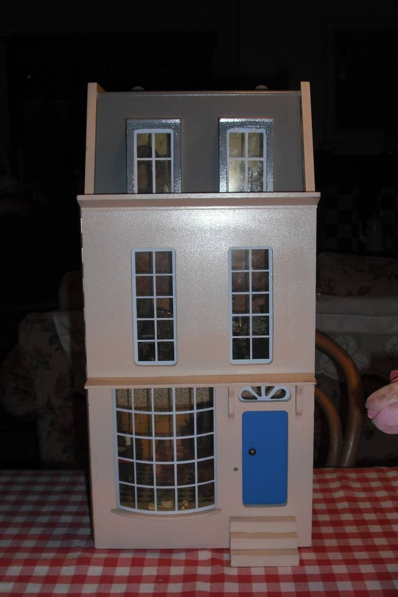 24th scale house I found last Friday.