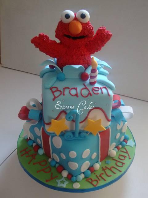 Elmo Cake1 (B055)