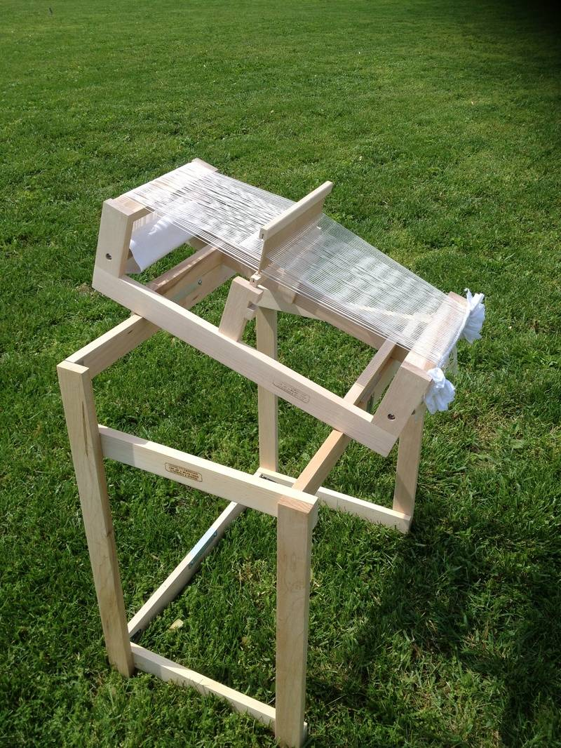 """10"""" Loom on Collapsable Stand"""