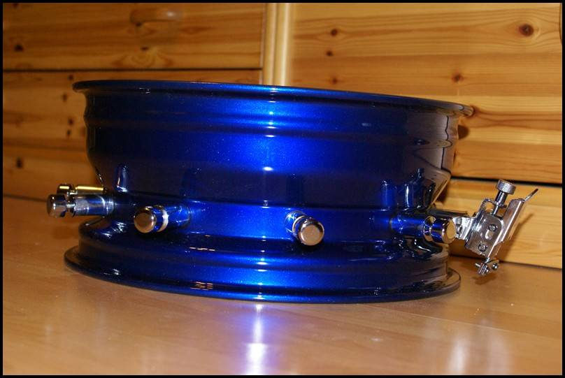 snare Ford with lugs