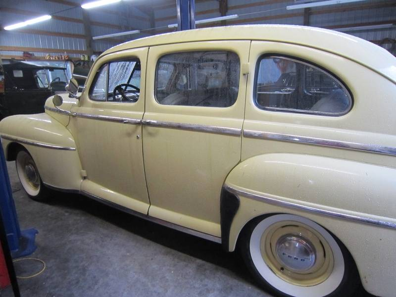 1947 Super Deluxe Sedan