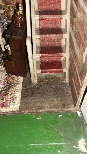 Stairs of Handicrafts 325