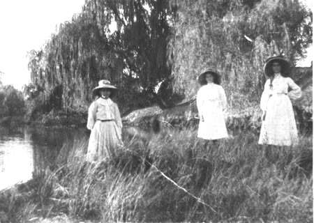 Kaye Girls on the bank of the Molonglo River