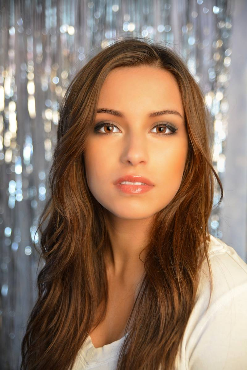 Crystal Kiss Model:  Alana