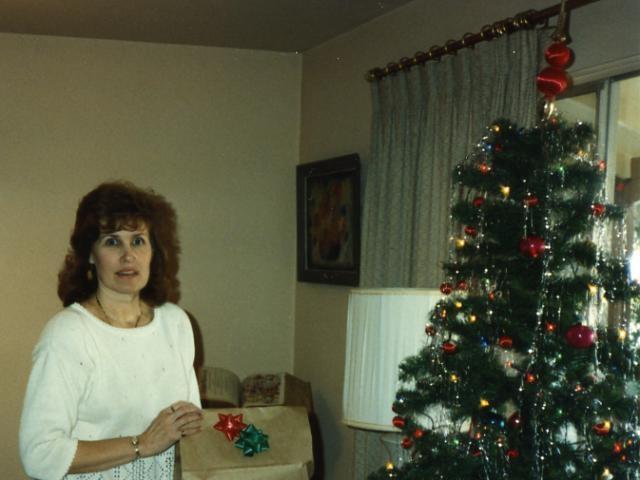 Mom & Tree