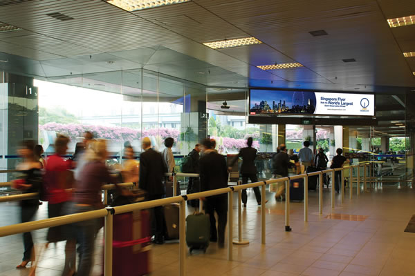 Airport ques the world over