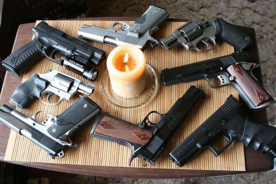 Senjata/Pistol Palsu