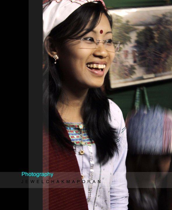 A Tanchangya girl with a traditional Dresses