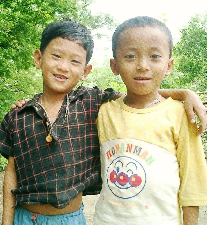 Two Tanchangya boys