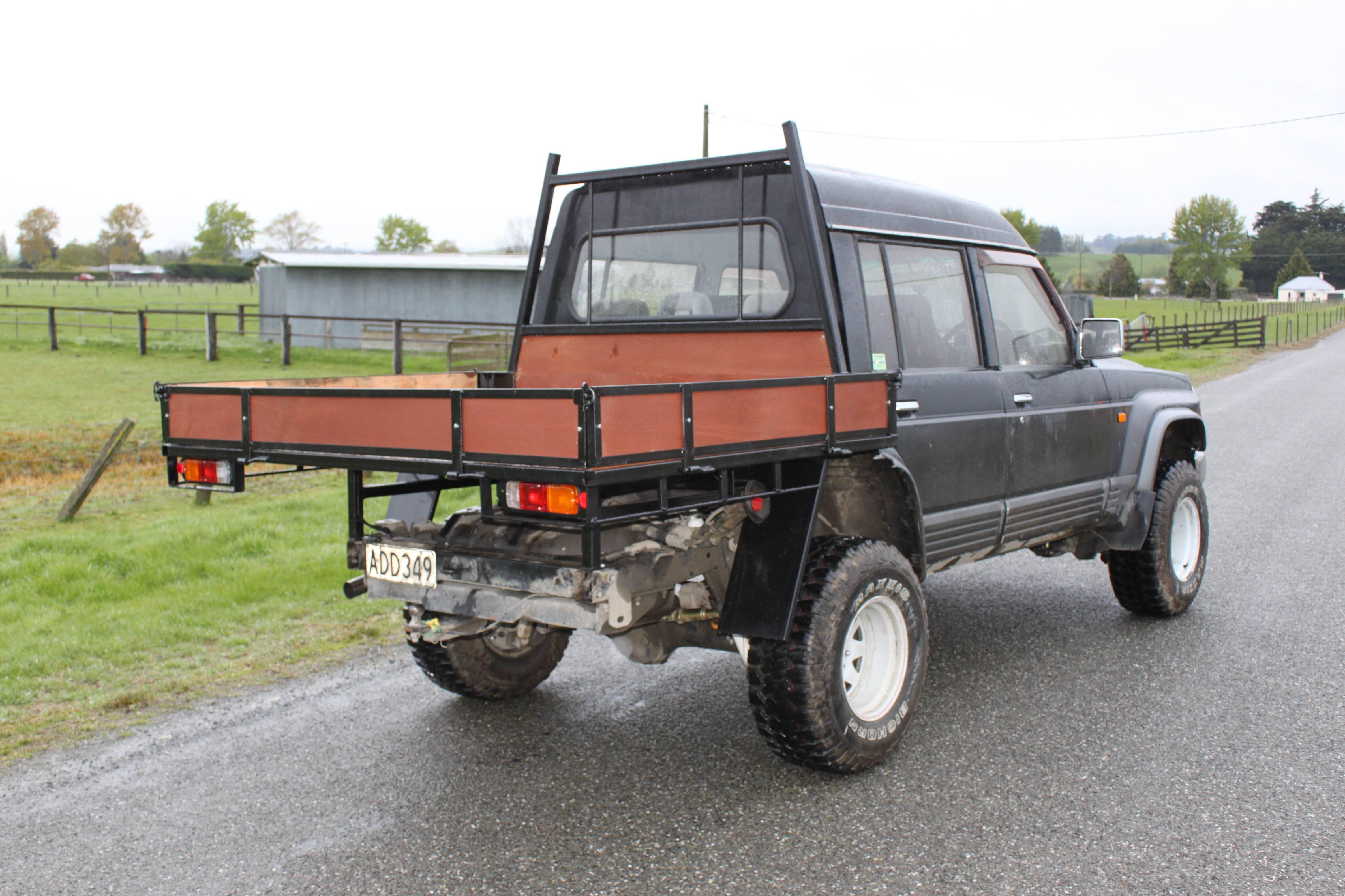 1994 Nissan Safari highroof