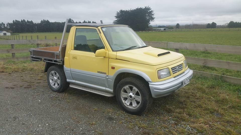 1997 Suzuki Vitara soft top