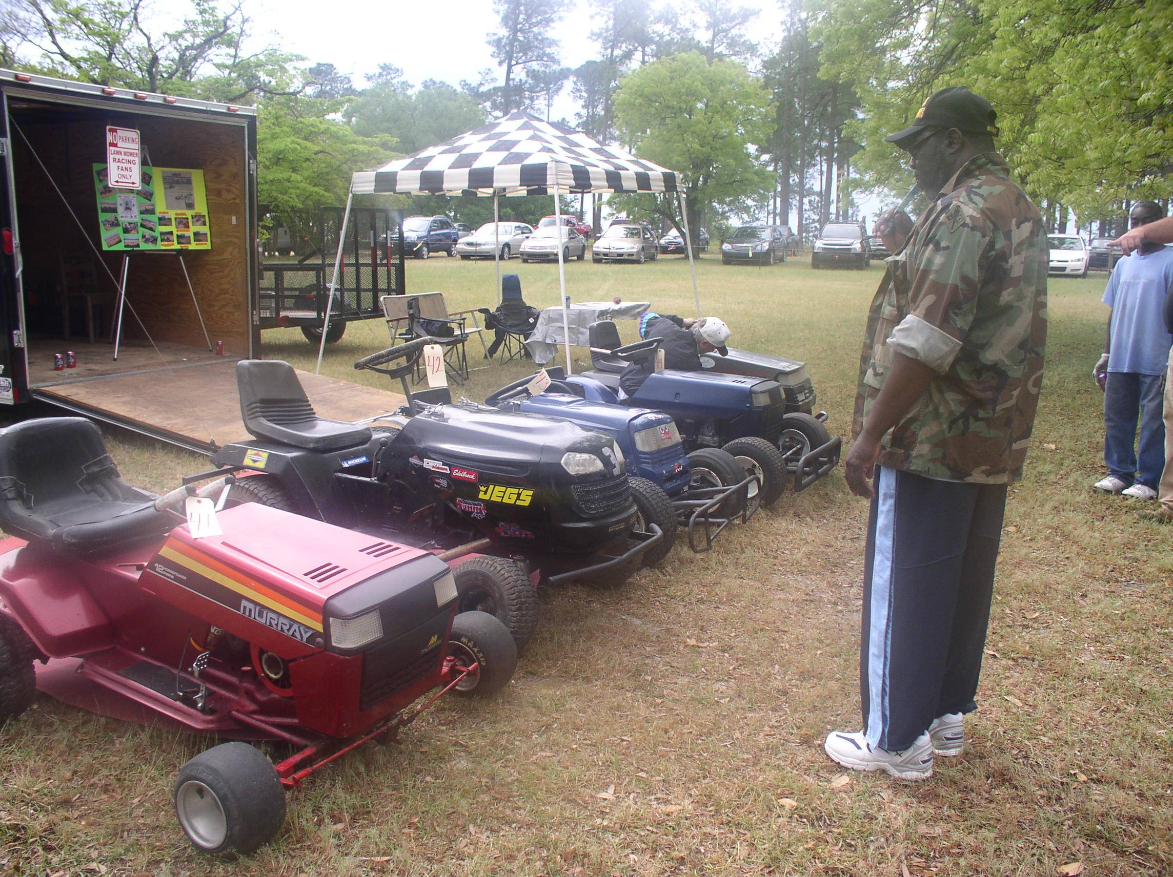 racing lawn tractors