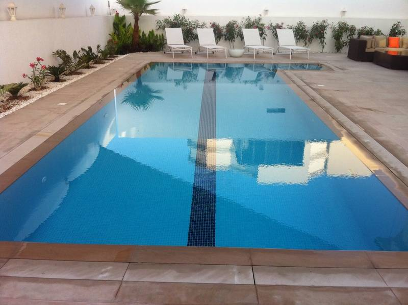 pool 1b