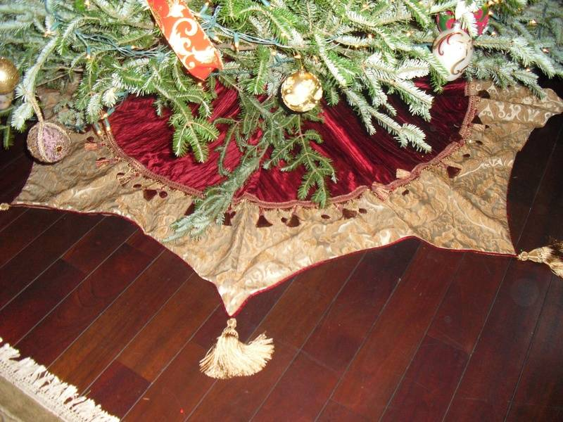 custom tree skirts