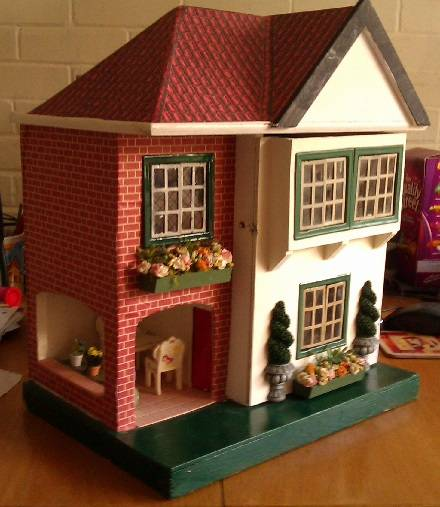 'Little Triang' exterior - complete