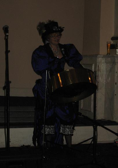 Great entertainment by Lady Raygun