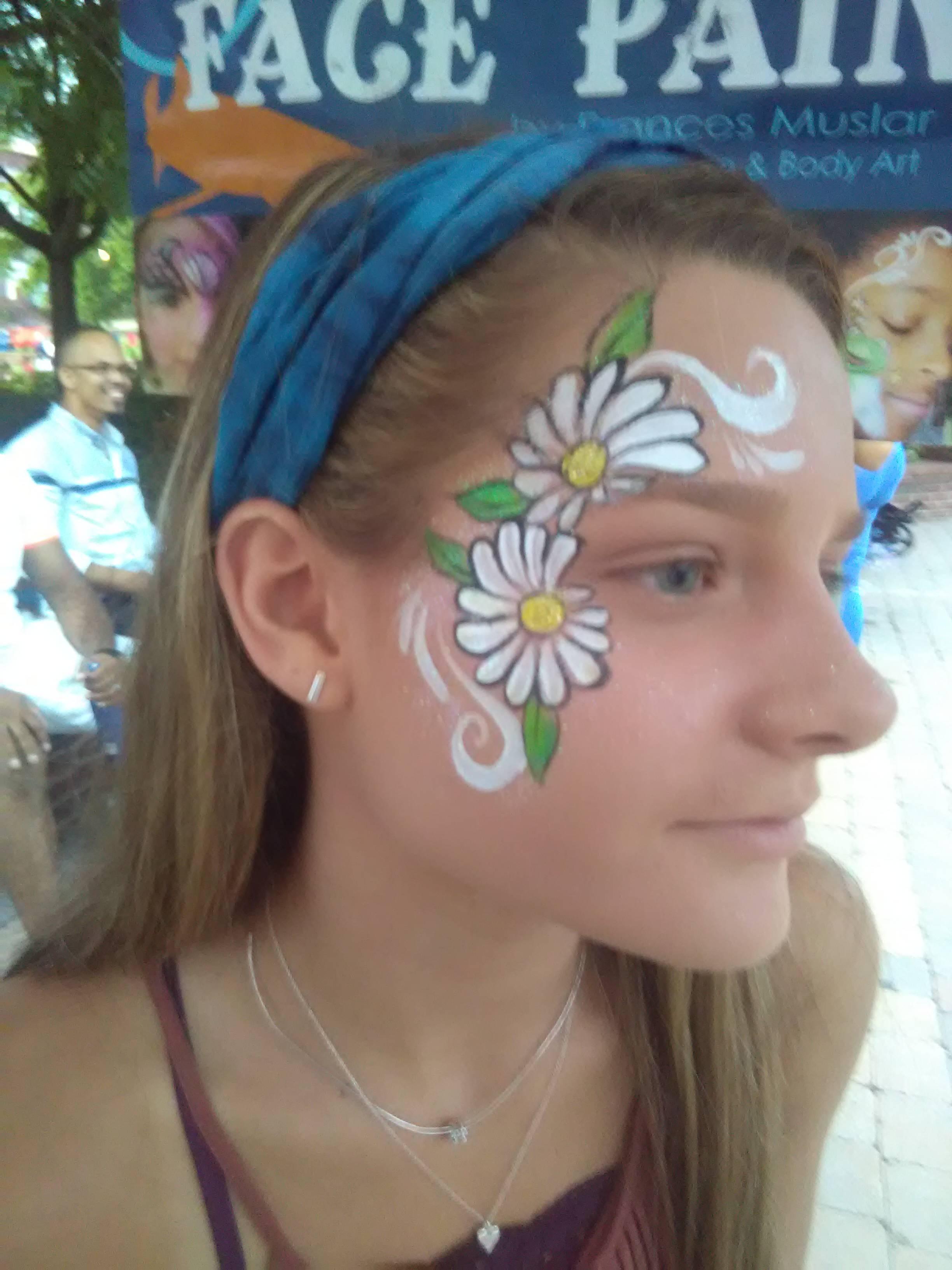 Daisy face paint