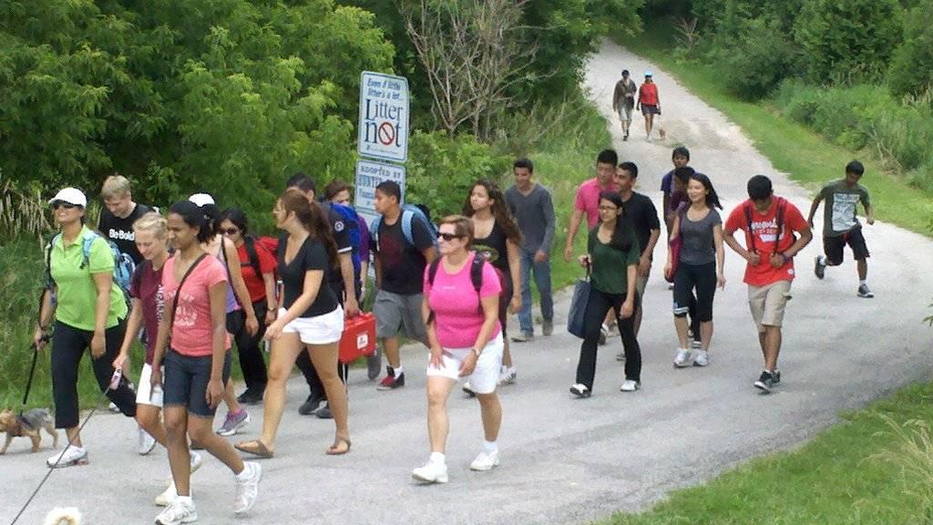 Pilgrims arriving at Marsupials Rendezvous