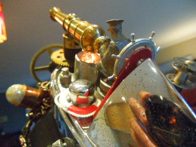 STEAMPUNK ROCKETEER LAMP
