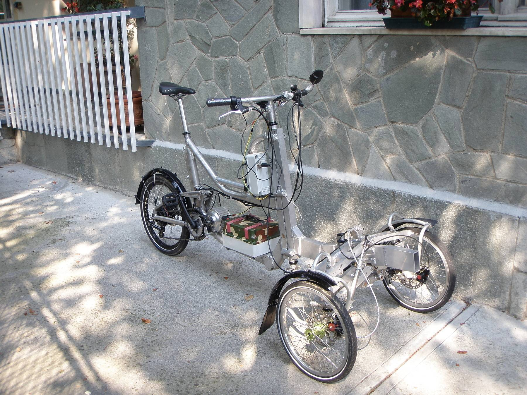 Paolo Ganio Mego's  great trike from Italy.