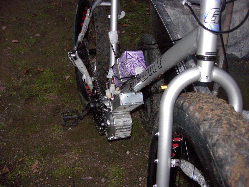 Joseph's 48v500w gen2 on fat bike .Thank you very much Joseph from USA!