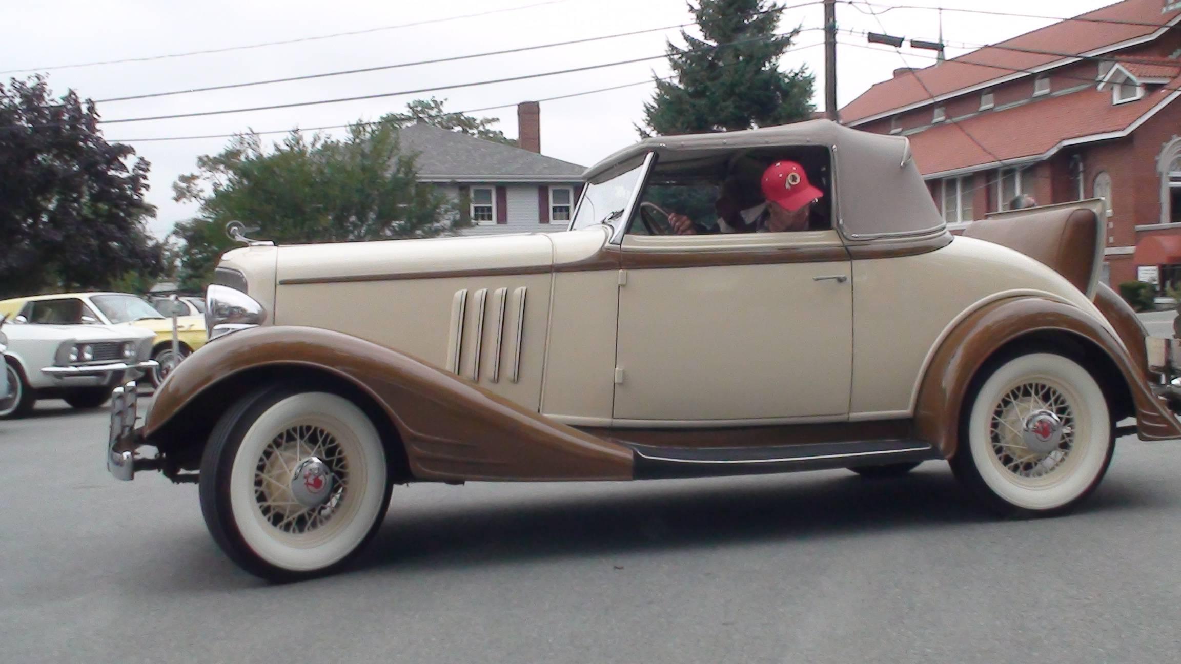"1933 Pontiac ""Straight 8"" Covertible"