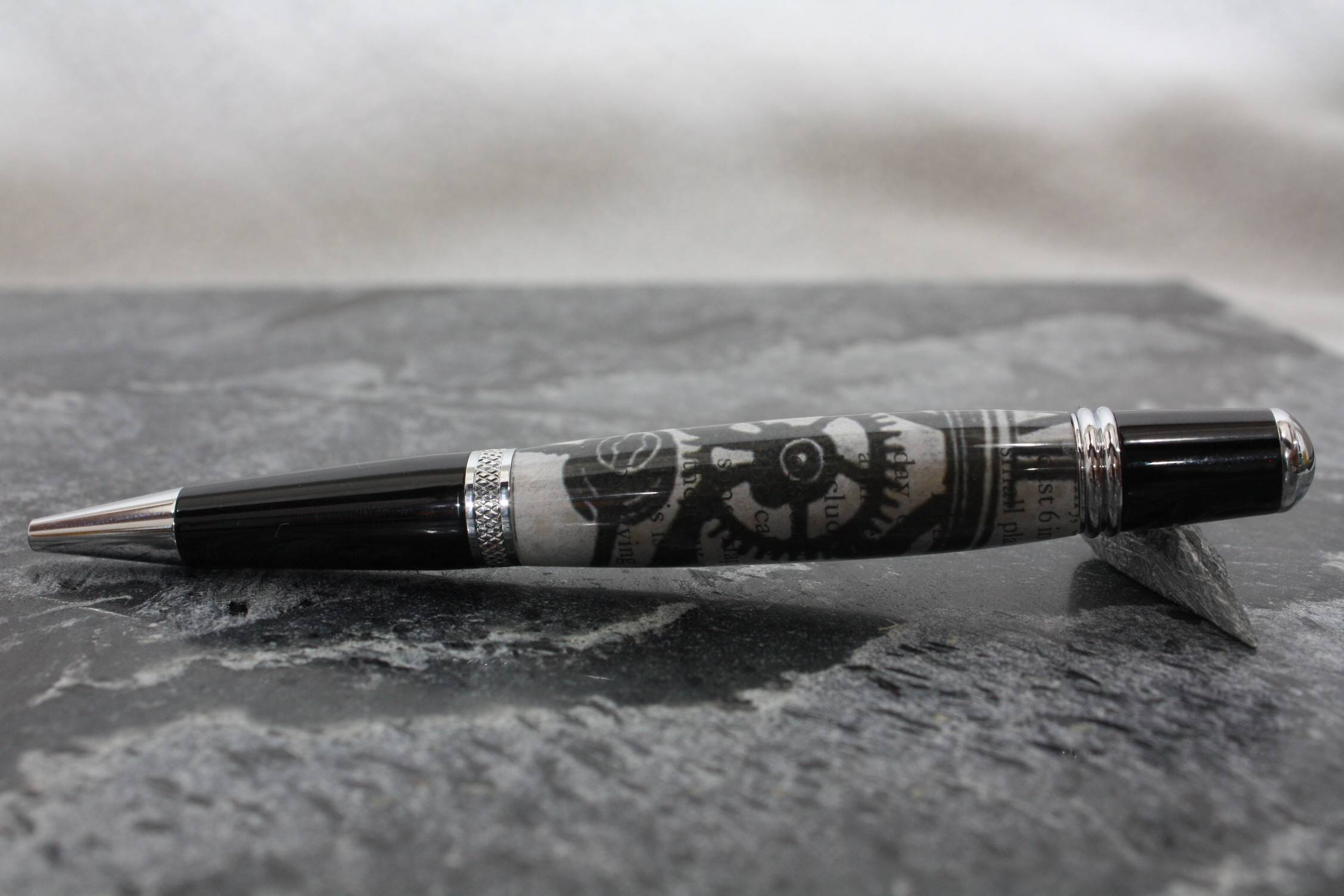Gear poem paper pen