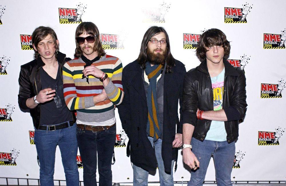 NME Awards (12 Feb 04)