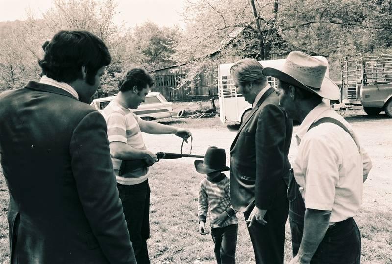 Producer Eddie Kilroy, Johnny Seay, Froggy, Willie and Life Magazine editor  David Snell.