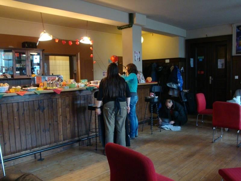 café christmas set up 2012