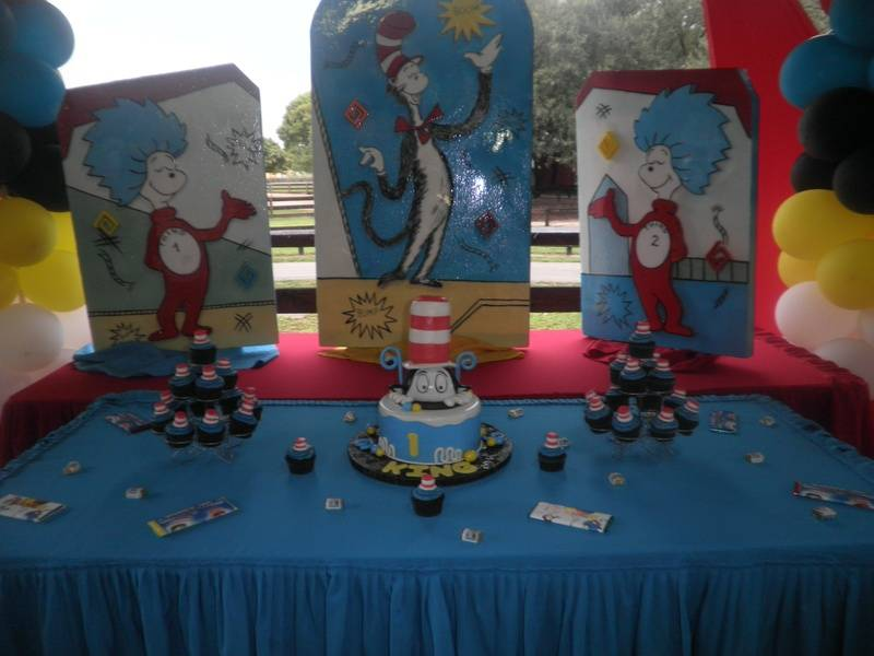 """Cat In The Hat"" Birthday Cake"