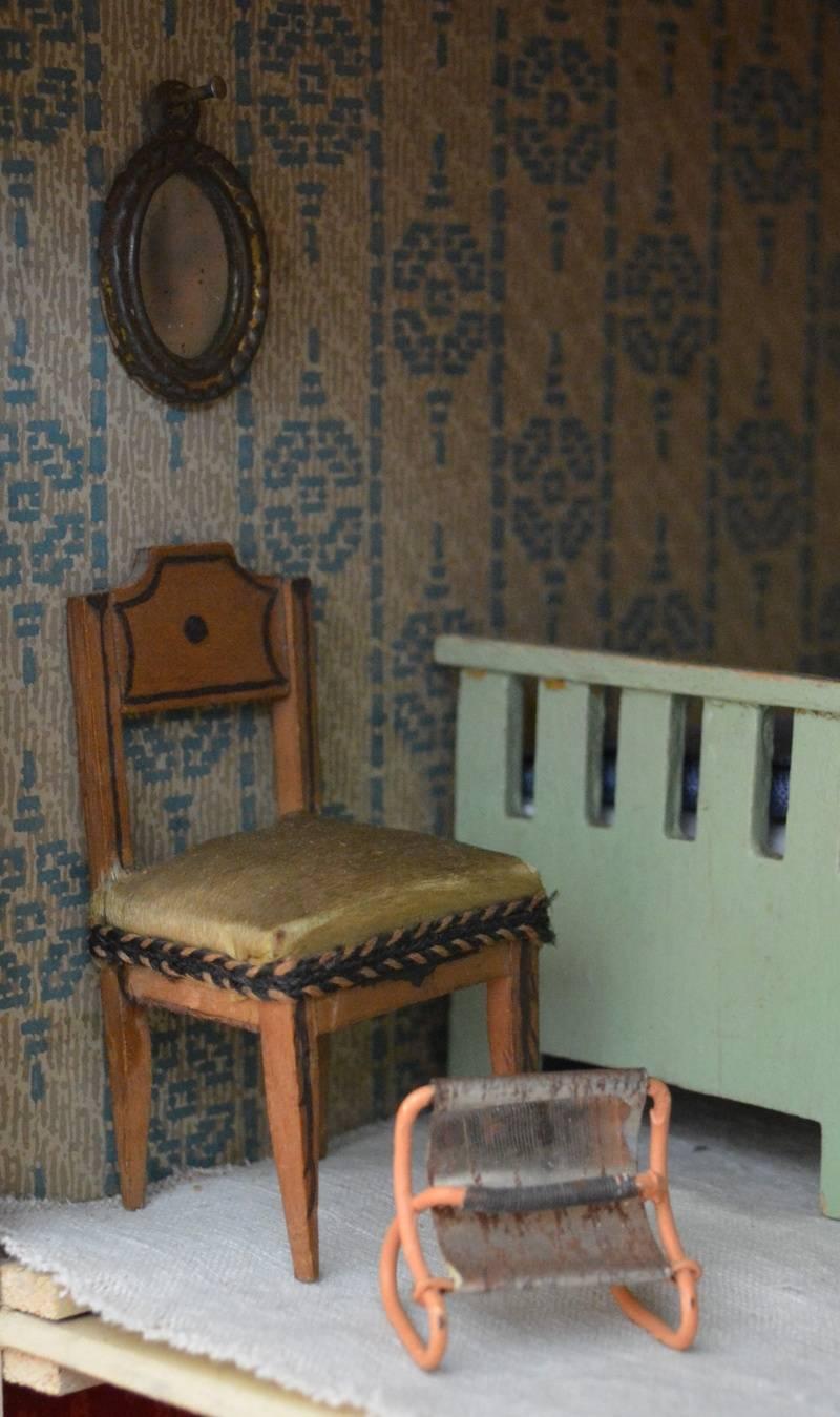 Triang No. 50, bedroom