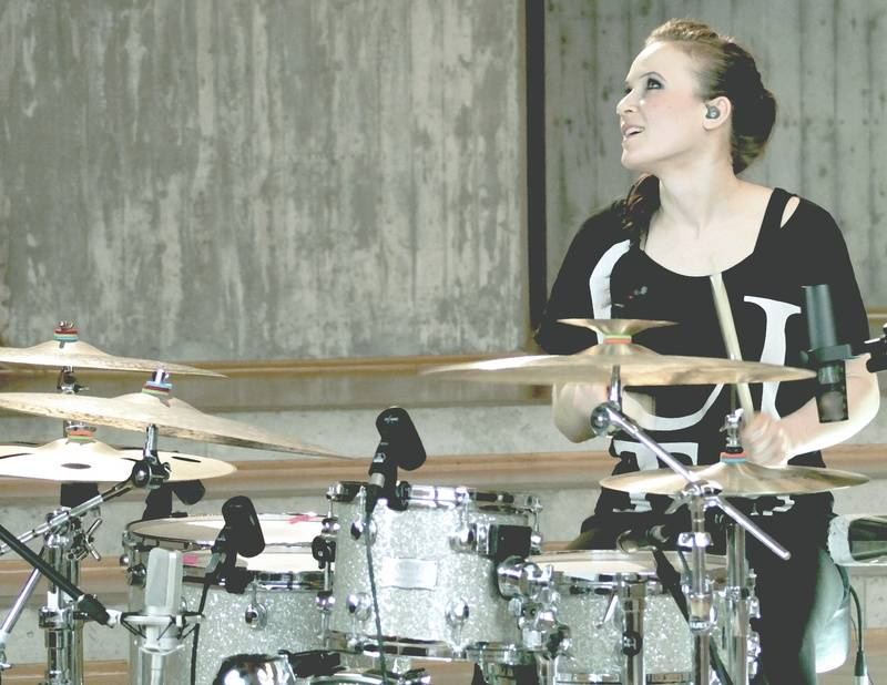 Anika Nilles and her Orion kit