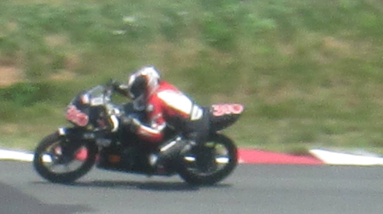 Superbikes 2014 picture number 36