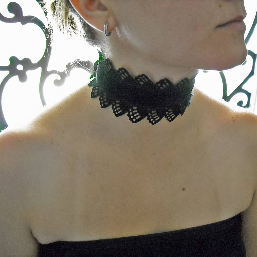 The Catherine Choker in Black