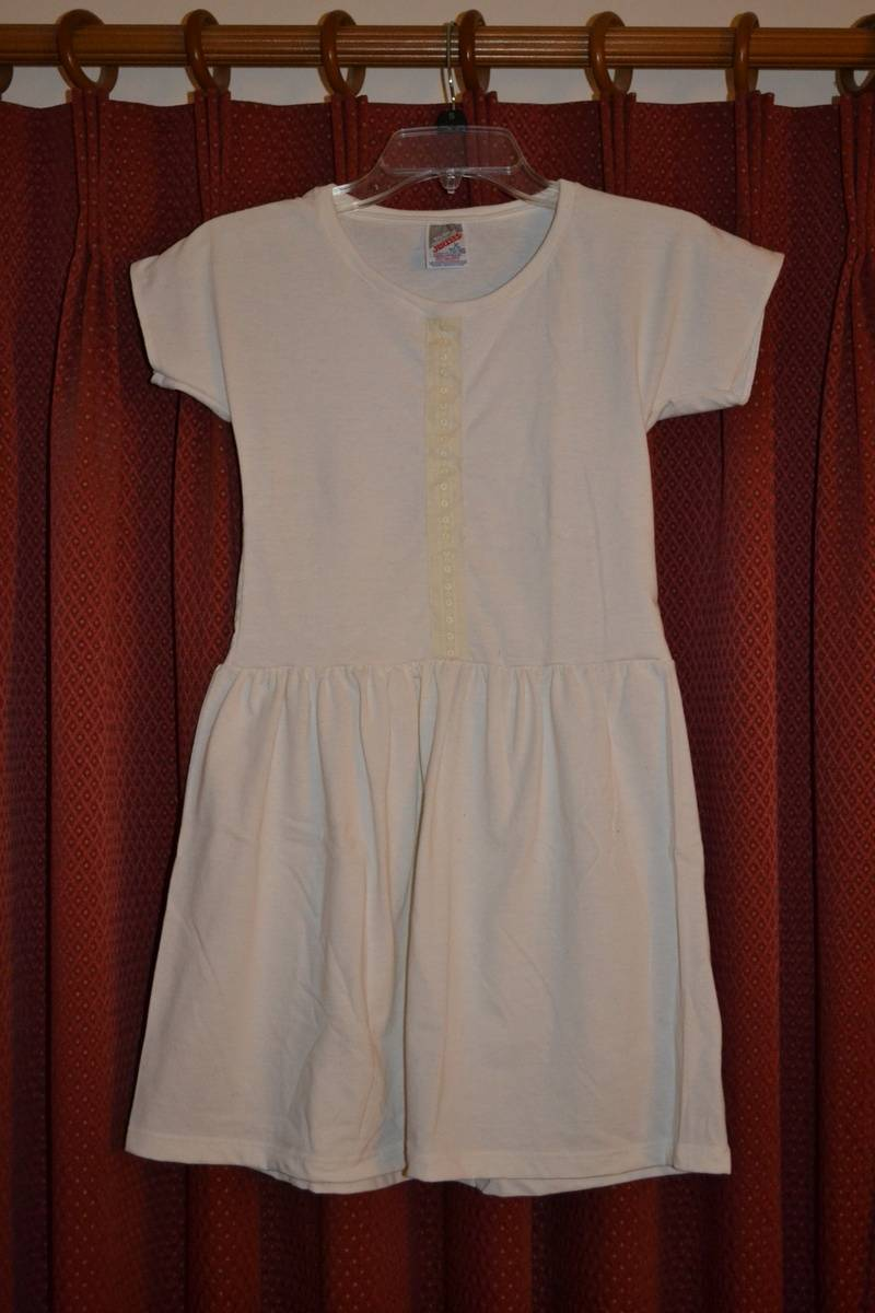 Dress made from ONE Adult XL T-shirt
