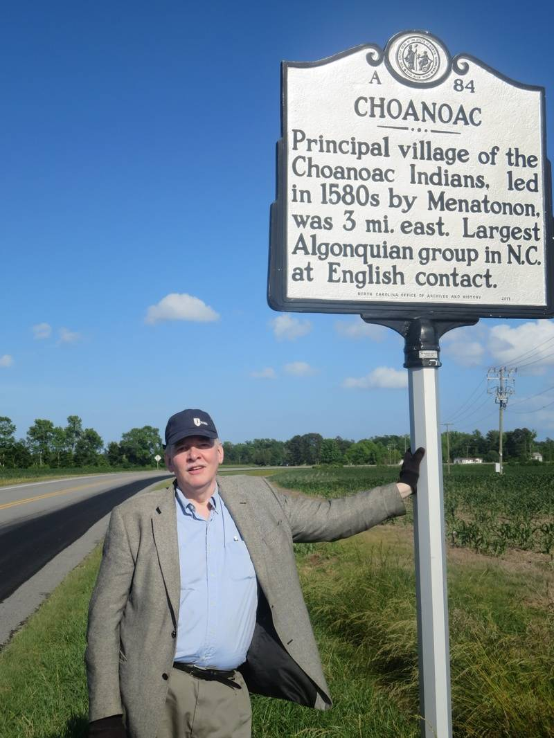 Marvin with historical marker